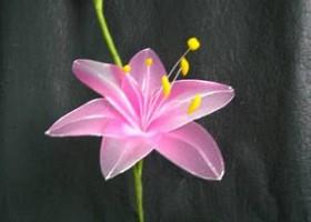 Cách làm hoa ly ly bằng vải voan đẹp