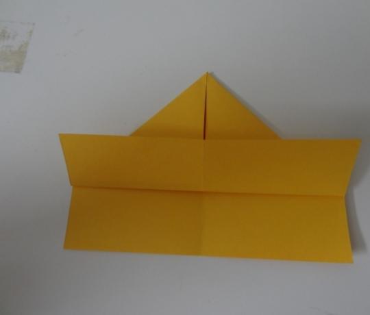 Cách gấp thuyền giấy đơn giản