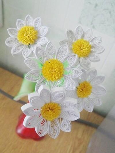 cach lam hoa cuc tu giay quiling 6