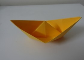 Cách gấp thuyền giấy