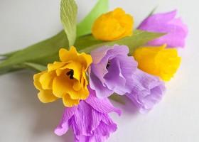 Cách làm hoa tulip bằng giấy nhún