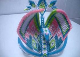 Thiên nga nữ hoàng – Tuyệt tác xếp giấy từ origami