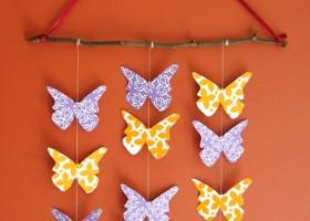 Tự tay trang trí căn phòng xinh xinh với đàn bướm treo tường