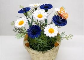 Làm hoa cúc cực xinh từ giấy quiling