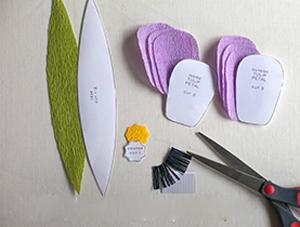 Cách làm hoa tulip bằng giấy nhún bước 1a