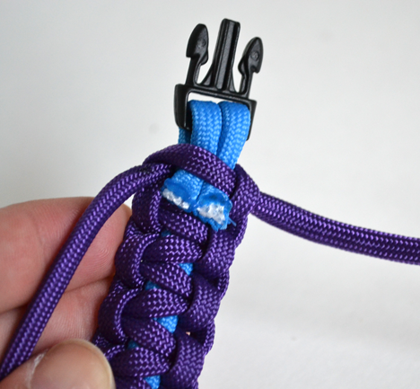 vong-tay-paracord