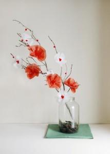 canh hoa dao ruc ro