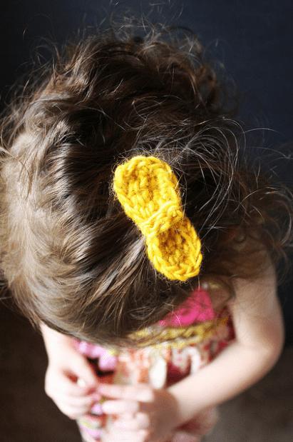 kẹp tóc bằng len móc