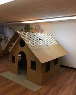 Cách làm ngôi nhà bằng giấy carton
