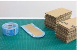 Cách làm ngôi nhà bằng bìa carton cho bé