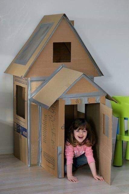 làm nhà bằng thùng giấy