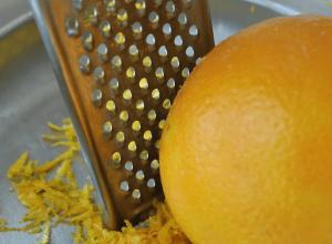 Cách lấy tinh dầu từ vỏ cam